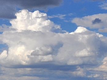 Kolejne zdjęcie chmur